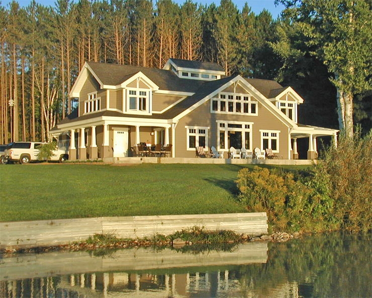 Lakeside Upper Michigan Home